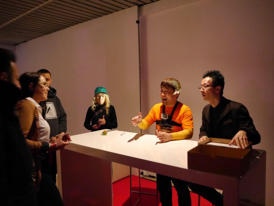 Autogrammstunde mit Yoshinori Ono, Executive Producer von Street Fighter V