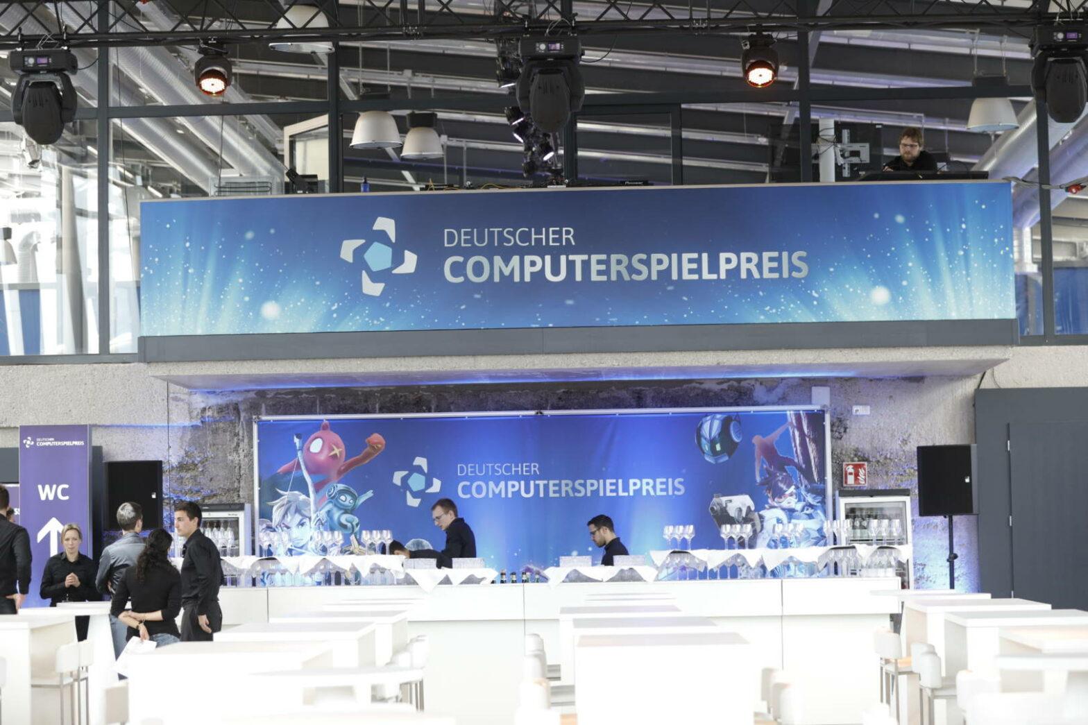 Vorhang auf für den Deutschen Computerspielpreis 2019: Ina Müller moderiert Gala im Berliner Admiralspalast