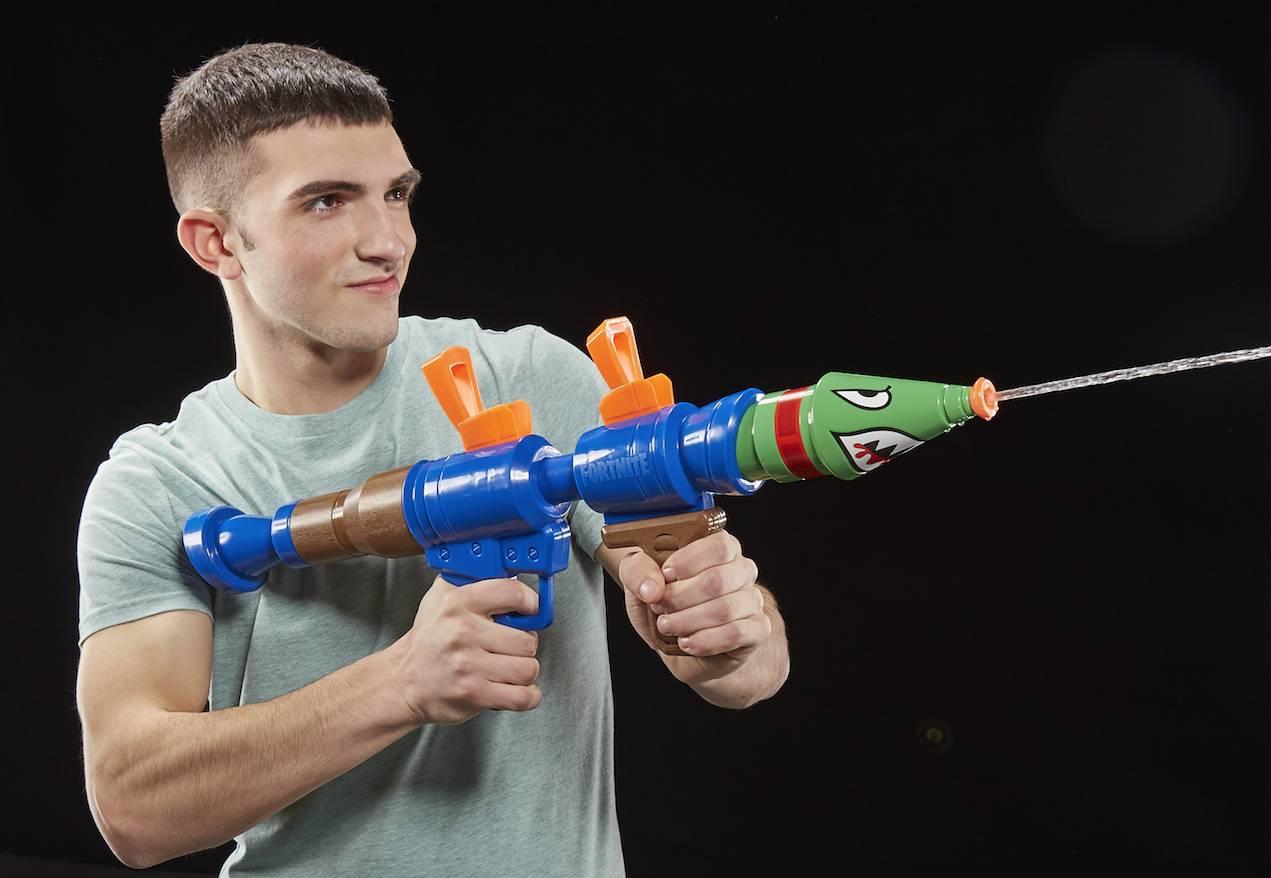 Nerf und Super Soaker bringen Fortnite Blaster in die Hände der Fans